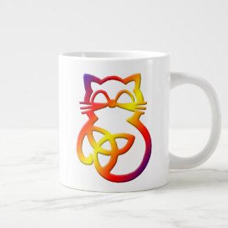 Regenbogen-Dreiheits-Knoten-keltische Jumbo-Tasse