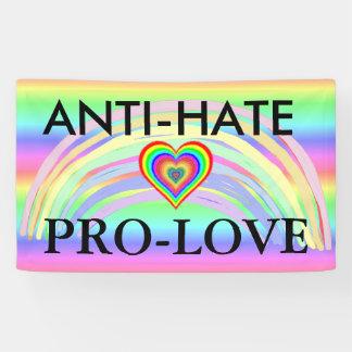 Regenbogen-Fahne Anti-Hass Pro-Liebe Protest-LGBT Banner