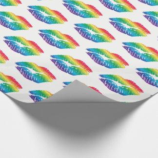 Regenbogen-Küsse auf weißem Packpapier