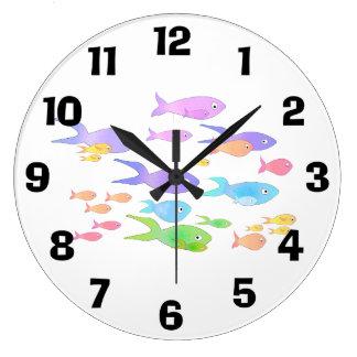 Regenbogen-Schule der Fische Uhr