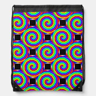 Regenbogen-Spirale durch Kenneth Yoncich Turnbeutel