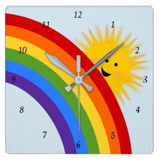 Regenbogen-und Sonnenschein-Uhr Quadratische Wanduhr