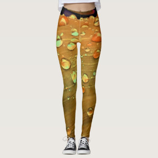Regentropfen-Nahaufnahme, Spacey Rost-Orange Leggings