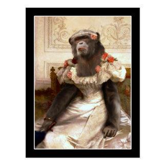 Reizender Schimpanse im Kleid Postkarte