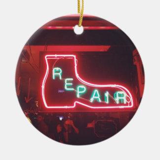 Repare Leuchtreklame NYC Rundes Keramik Ornament