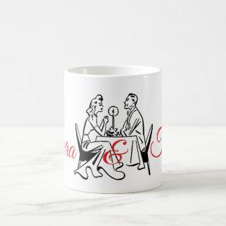 Retro der Candelit des Valentinsgrußes Restaurants Kaffeetasse
