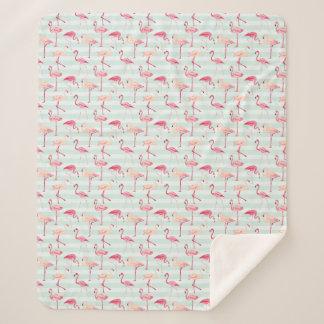 Retro Flamingos auf tadellosen Streifen Sherpadecke