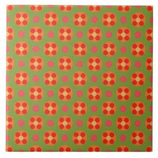 Retro Mohnblumen-rote Blumen und Polka-Punkte auf Große Quadratische Fliese