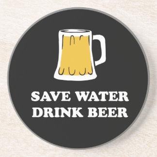 Retten Sie Wasser. Trinken Sie Bier Getränkeuntersetzer