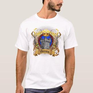 Reyes-Familienwappen T-Shirt