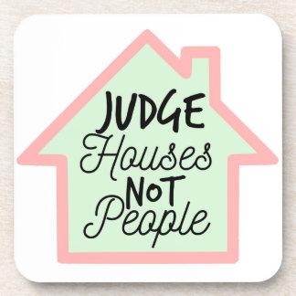 Richter bringt nicht Leute-Untersetzer unter Untersetzer