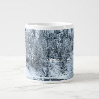 "Riesige Tasse ""Winter-Tag bei Yellowstone "" Jumbo-Tasse"