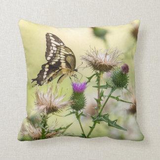 Riesiger Frack-Schmetterling Kissen