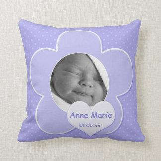 Riesiges lila Polka-Punkt-Baby-Foto-Kissen Kissen