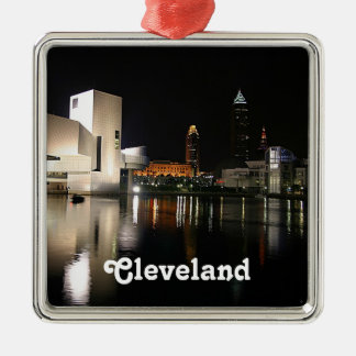 Rock n RollenHall of Fame, Verzierung Clevelands Silbernes Ornament