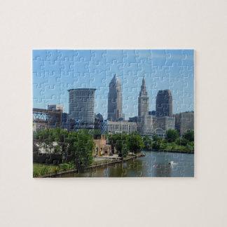 Rollen Clevelands, Ohio auf dem Fluss-Puzzlespiel
