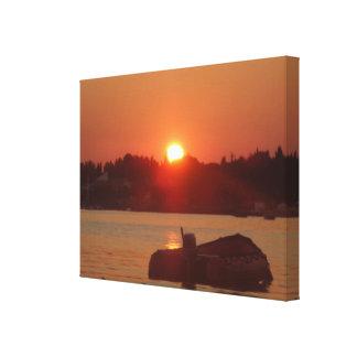 Romantisches Sonnenuntergang-Fotografie-Boots-Meer Leinwanddruck