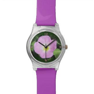 Rosa Abendsprimel-Blume Armbanduhr