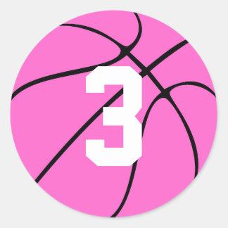 Rosa Basketball-Spieler-Jerseyzahl oder -initiale Runder Aufkleber