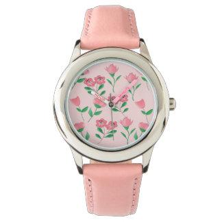 rosa Blume und Schmetterling Armbanduhr