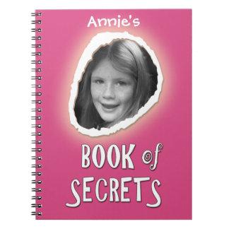 Rosa Buch von Geheimnissen mit kundenspezifischem Spiral Notizblock