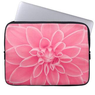 Rosa Dahlie-Blume Laptopschutzhülle