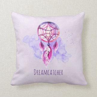 Rosa Dreamcatcher auf lila Watercolor-Spritzer Kissen