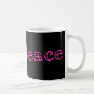 rosa Frieden auf Schwarzem Tasse