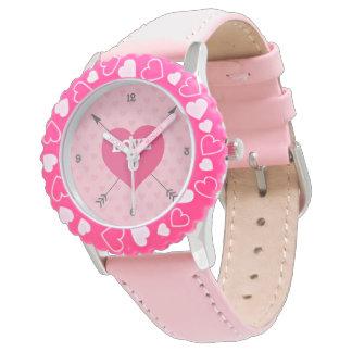 Rosa kundenspezifische Uhr der Herz-Liebe-U