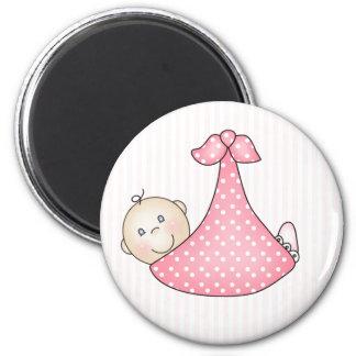 Rosa Mädchen in der Decke Runder Magnet 5,1 Cm