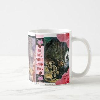 Rosa Nebel-Zeitschrift: Mädchen besitzen Kaffeetasse
