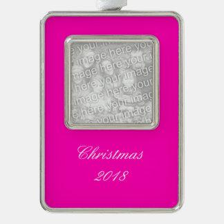 Rosa Neonnormallack fertigen es besonders an Rahmen-Ornament Silber