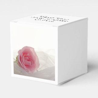 Rosa Rose auf weißer Hochzeit Geschenkkartons