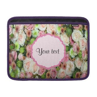 Rosa Rosen u. Chrysanthemen MacBook Sleeve