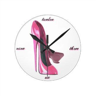 Rosa Stilett beschuht Kunst Uhren