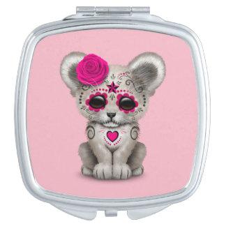 Rosa Tag des toten Löwes CUB Taschenspiegel