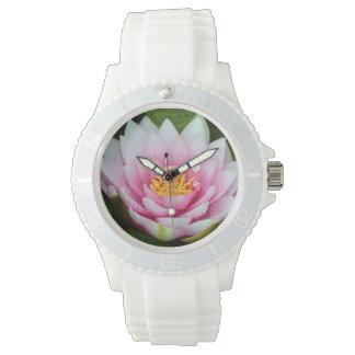 Rosa Wasserlilienblumendruck Uhr