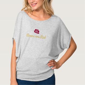 Rosen sind rotes Frauen-T-Stück T-Shirt
