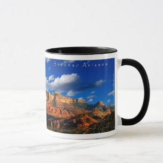 Rosie auf Kathedralen-Felsen und Gericht-Tasse Tasse