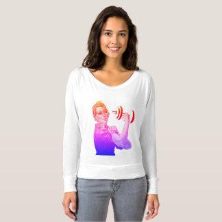 Rosie der Power-Heber im Regenbogen T-shirt