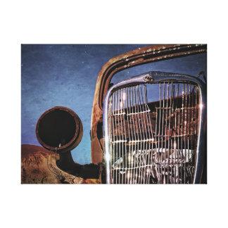 Rostiger alter Auto-Grill Leinwanddruck