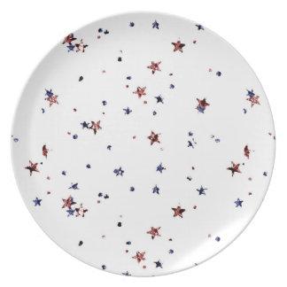 Rot und blaue Schein-Sterne Melaminteller