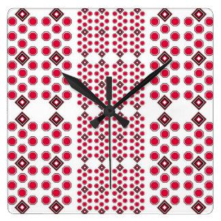 Rot und geometrische Wanduhr Browns