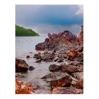 rote Felsen von Fidschi Postkarte