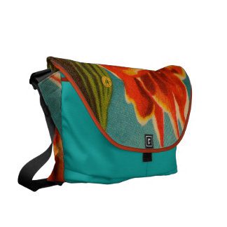 Rote Iris Kurier Taschen