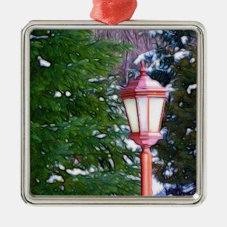 Rote Laterne im Winter Silbernes Ornament
