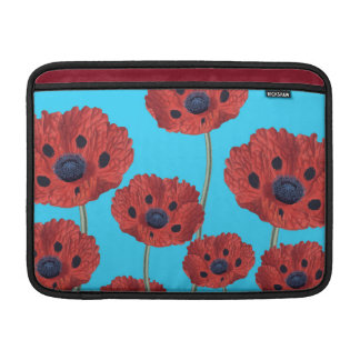 Rote Mohnblumen auf Blau MacBook Air Sleeve