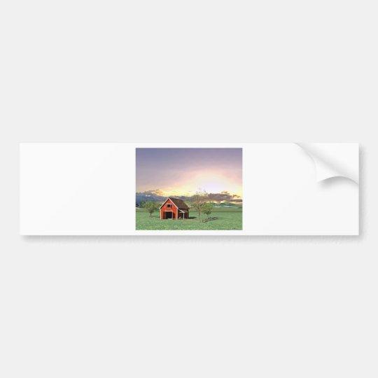 Rote Scheune am Sonnenuntergang Autoaufkleber