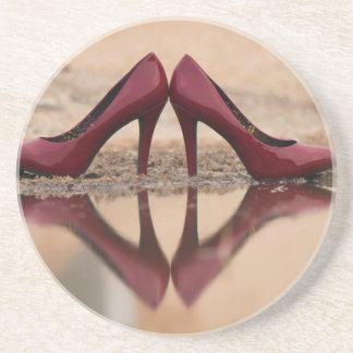 Rote Schuhe Sandstein Untersetzer