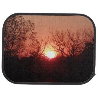 Rote Sonnenuntergang-Rückseiten-Auto-Matten Automatte